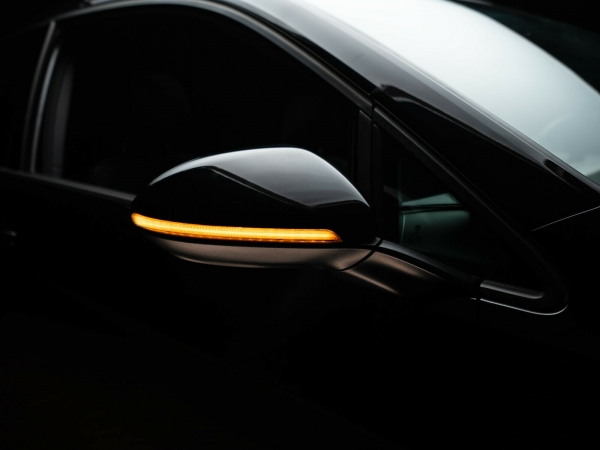 OSRAM Dynamischer LED Spiegelblinker VW Golf 7 Touran 5T Sportsvan Laufblinker BLACK-EDITION