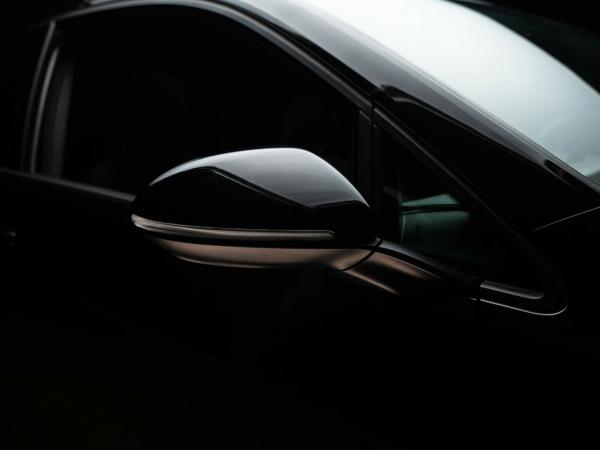 OSRAM Dynamischer LED Spiegelblinker VW Golf 7 Touran 5T Sportsvan Laufblinker WHITE-EDITION