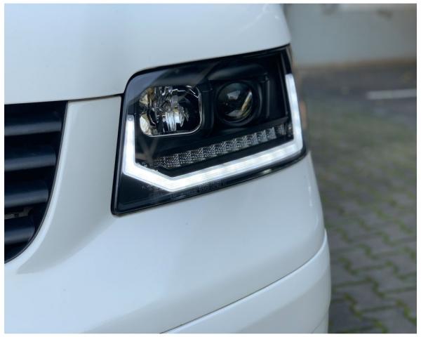 Tagfahrlicht Scheinwerfer dynamischer LED Blinker VW T5 03-08 Laufblinker