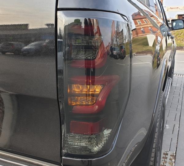 Lightbar LED Rückleuchten Ford Ranger T6 T7 2012+ schwarz smoke