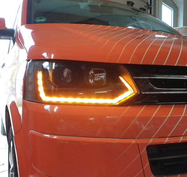 Tagfahrlicht Scheinwerfer dynamischer LED Blinker VW T5 09-15 Laufblinker V2