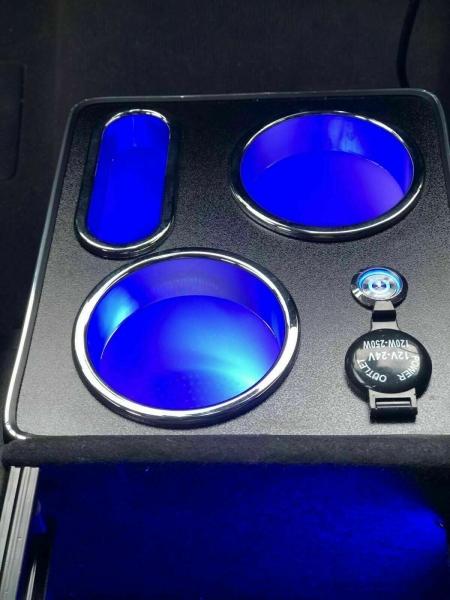 Mittelkonsole schwarz universell USB LED passend für VW T5