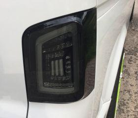 Voll LED Rückleuchten VW T5 2003-2015 schwarz grau Laufblinker
