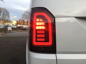 Voll LED Rückleuchten VW T6 2015+ schwarz grau Laufblinker