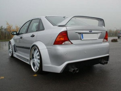 Wide-Bodykit Ford Focus MK1 Stufenheck RCL