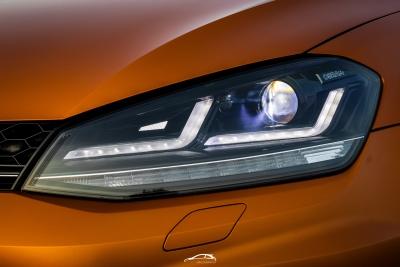 OSRAM LEDriving Scheinwerfer VW GOLF 7 13-17 schwarz für Xenon